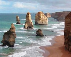 Famous Sites in Australia | Australian Landmarks - Natural and Man Made