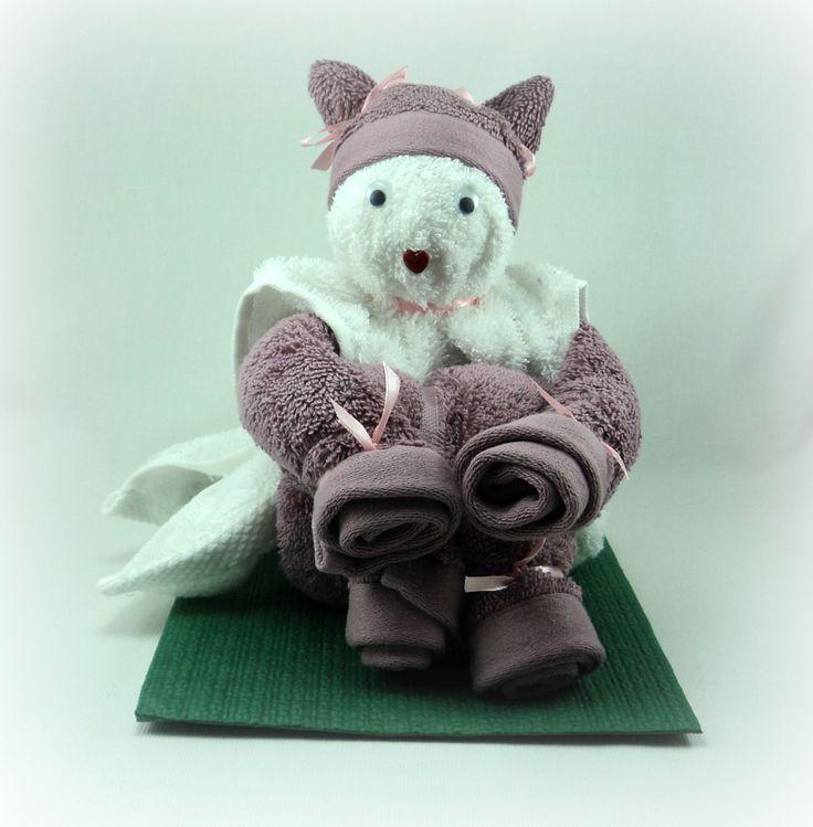 Les 25 meilleures id es de la cat gorie pliage de - Pliage serviette de bain ...