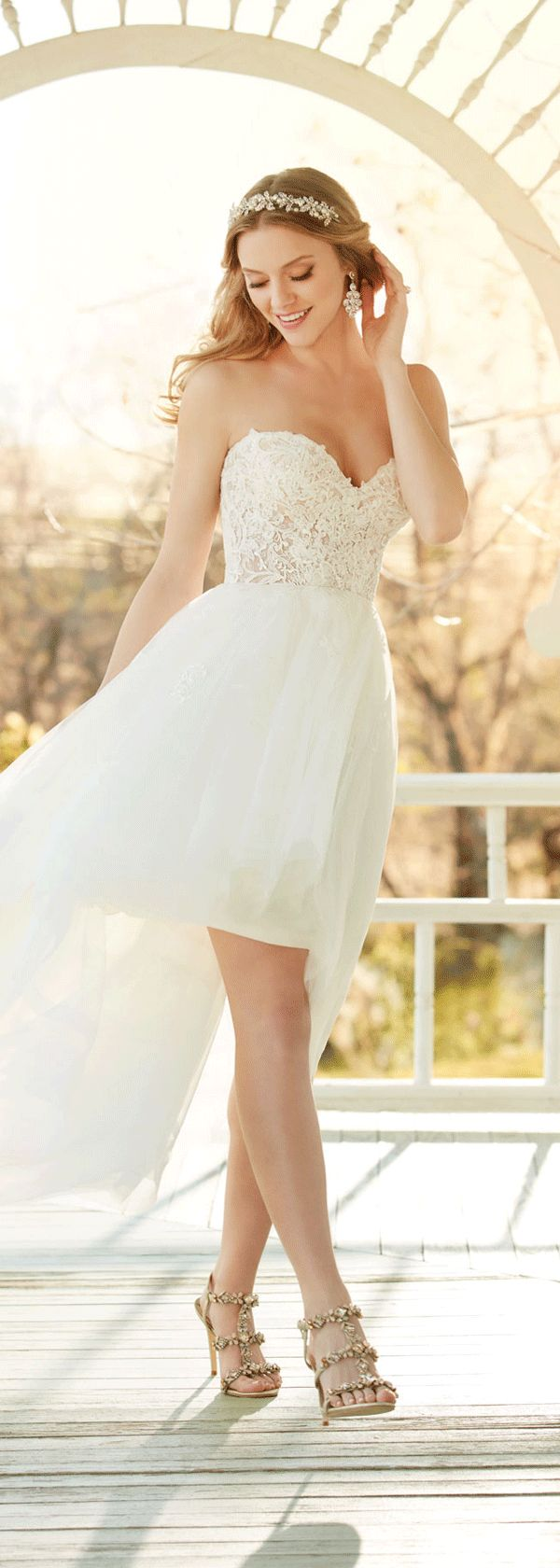 Lovely Tulle Sweetheart Neckline Hi-lo Wedding Dresses With Lace Appliques