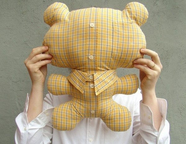 Teddy bears made out of dad's business shirts - fab idea for kids whose dads aren't home at bedtime very often.