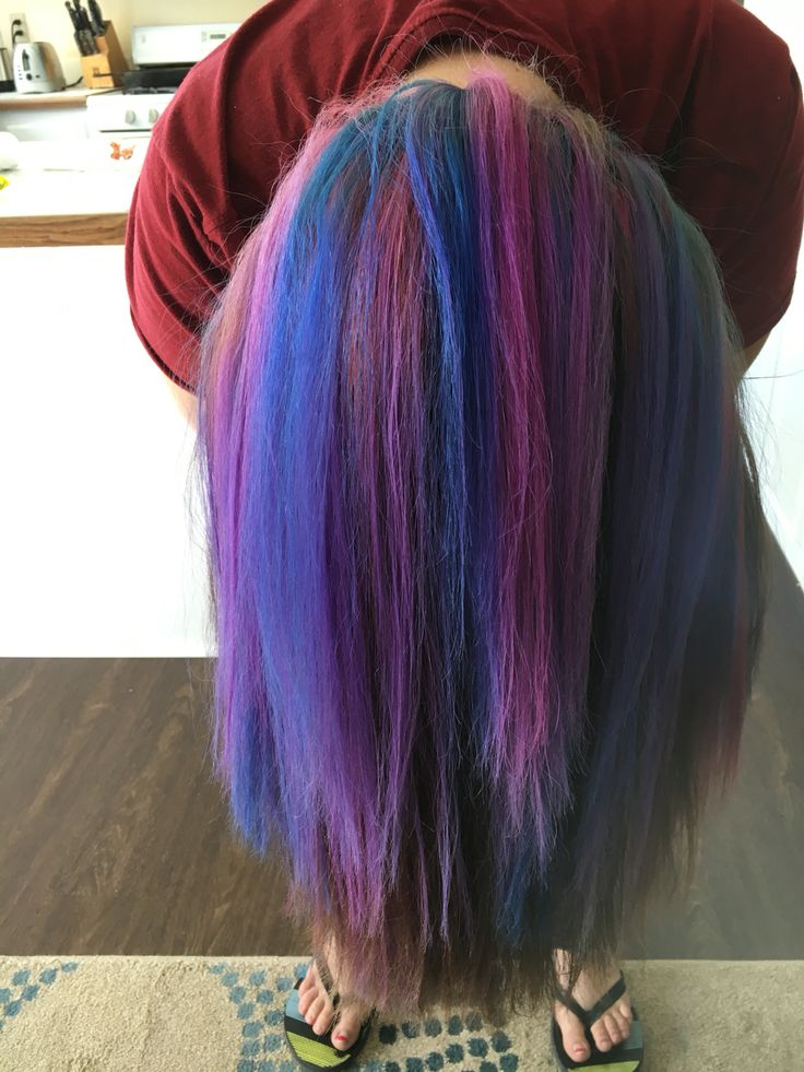 Blue, pink and purple highlights underneath hair.  Pink  Aqua  Orchid  ❤️