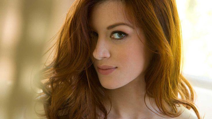 Jessica Stoyadinovich Nude Photos 35