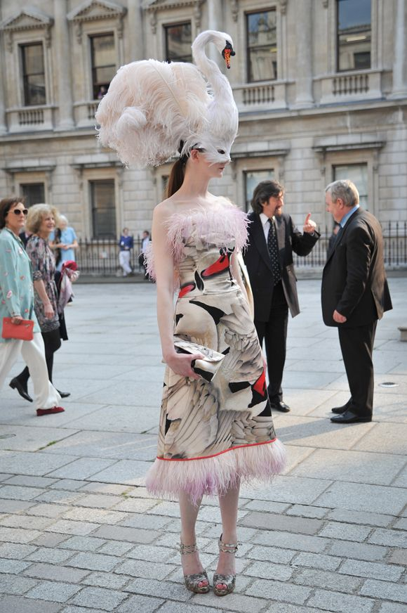 Frock Horror: Enough of the Stephen Jones for Giles Deacon swans - Celebrity Fashion / News