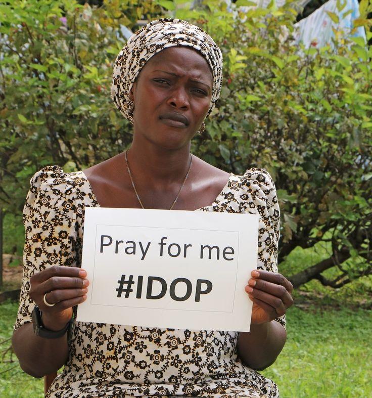Auf dem OPEN DOORS JUGENDTAG am 8. Oktober in #Wetzlar erwarten euch • VORTRÄGE • GEBETSZEITEN • LOBPREIS mit der Outbreakband •  AKTIONEN • eine interaktive AUSSTELLUNG und natürlich auch SPRECHER, die über die Not unserer verfolgten Geschwister informieren. Unter anderen auch ALTINE JAMES aus NIGERIA. Islamistische Boko-Haram-Kämpfer töteten ihren Ehemann. Sie musste mit ihren Kindern fliehen. Trotzdem dankt sie Gott für ihr Leben und vertraut auf seine Gnade.