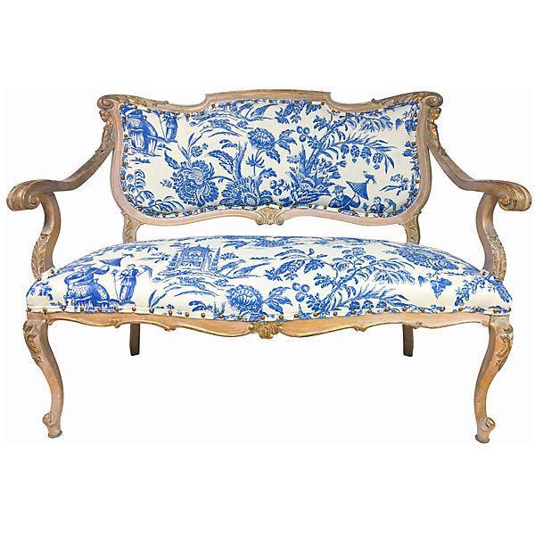 Pre Owned Antique Gilded French Settee   1 895    liked on Polyvore  featuring home. As 25 melhores ideias de Second hand sofas de que ir  gostar no