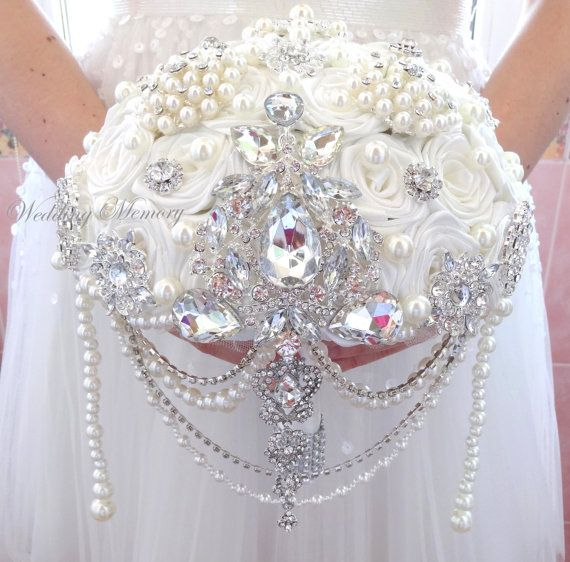 FULL PRICE Off white cascading brooch bouquet. Wedding bridal pearl broach bouqet. Keepsake alternative bling jeweled bridesmaids gift