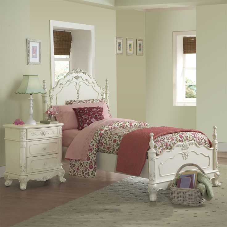 This kids' furniture set features Victorian styling with floral motif hardware, ecru painted finish and traditional carving details that create the feeling of a princess. This Fairytale Collection bedroom set includes a full-size bed and nightstand.