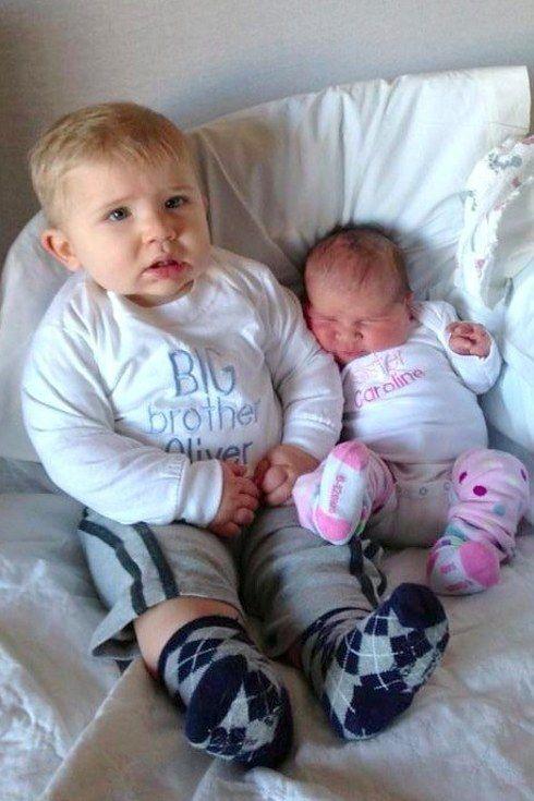 45 photos d'enfants rencontrant leurs frères et sœurs pour la première fois