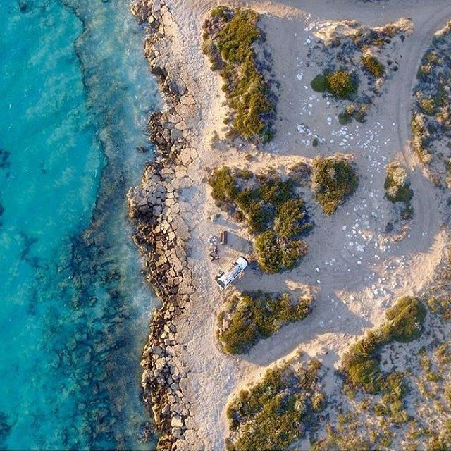 Hope you had a happy Weekend Instafam!  @championthewonder  #steeppoint #westernaustralia #westisbest #PerthisOK #Perthlife #amazingwa #Australia #Australianlifestyle #AustralianBrand #Localbrands #thisiswa #goodvibes #FOMO #beach #beaches #beachlife #weekend #destinations #ocean #drone #float #floaties #pooltoys