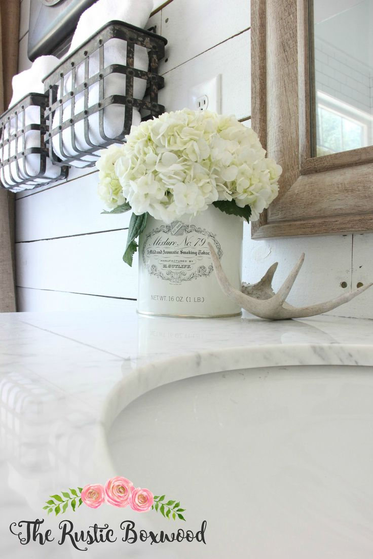 the rustic boxwood farmhouse style in the master bathroom hydrangeas vintage farmhouse bathroomsbathrooms decorburlap