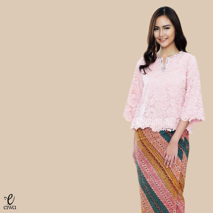 TOP0189 (dusty pink) Bust 96-100cm Length 55cm Sleeve 40cm with Lining For more details and price please contact us :) Line : @eiwaonline WA : +6289687171323 -- *Colors may appear slightly different due to lighting during photoshoot, pc/smartphone picture resolution, or individual monitor setting.