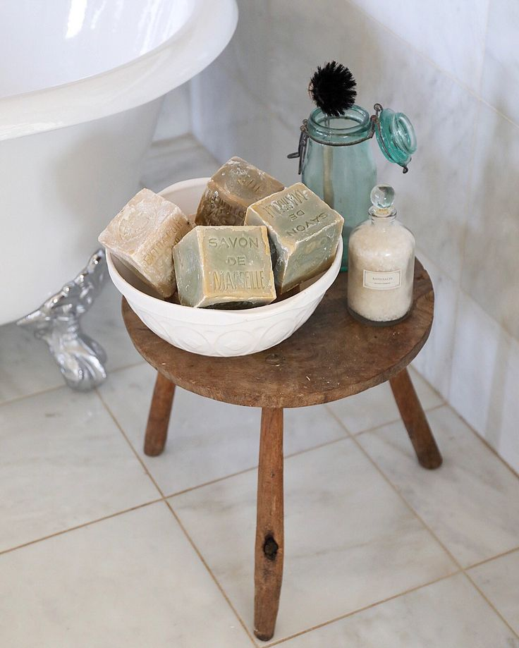 262 Best Old Stools Benches Images On Pinterest: Best 20+ Vintage Stool Ideas On Pinterest