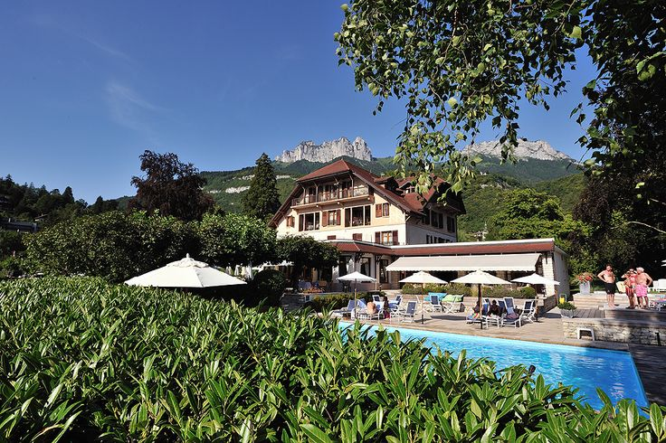 #chateauhotelscollection #talloires #annecy #lake #lac #mountains #montagne #detente #loisirs #vacances #pool