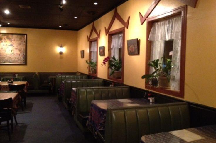 http://img2.10bestmedia.com/Images/Photos/214639/thai-cafe-interior-2_54_990x660_201406010017.JPG