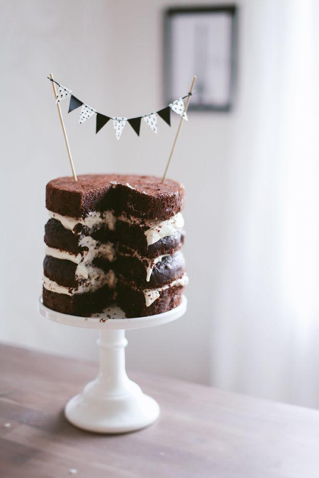 Call me cupcake!: On cake, cupcakes and a lack of sleepCake Buntings, Chocolates Cake, Chocolates Layered, Sweets Cake, Cake Decor, Chocolates Brown, Layered Cake, Minis Cupcakes, Cake Toppers