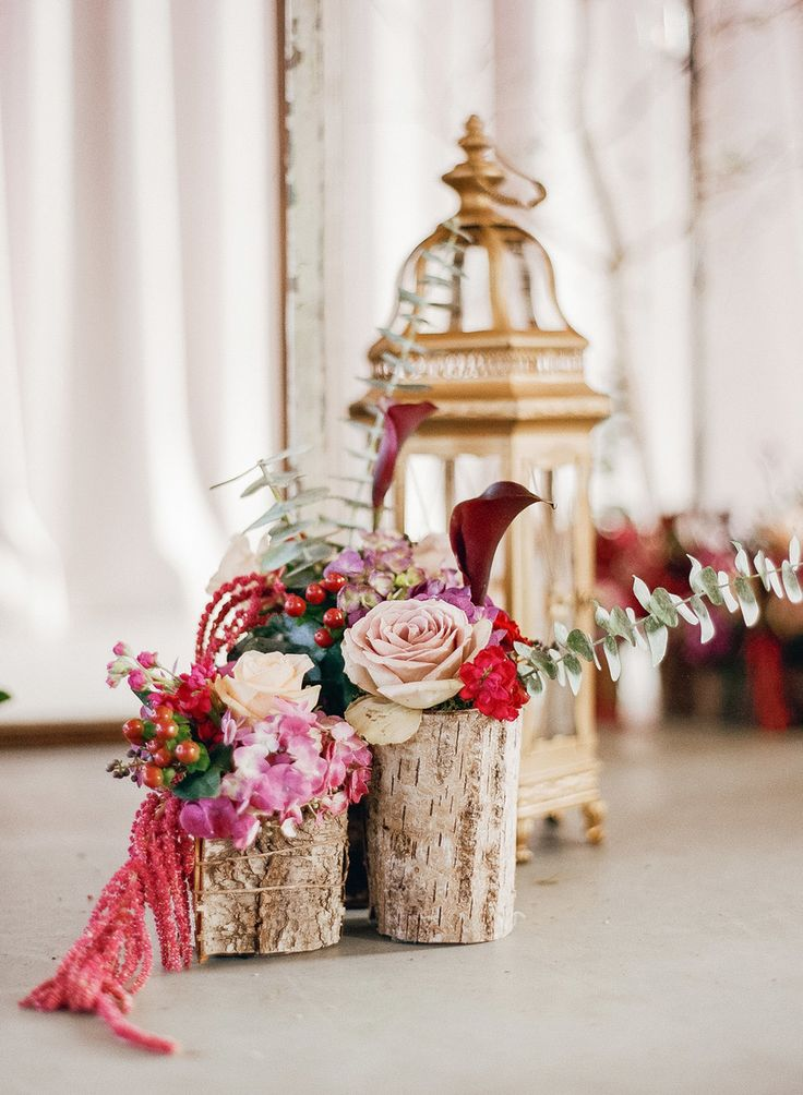 Marigny Opera House Wedding-rustic ash wood and floral arrangement - pink roses, berries. New Orleans -Arte De Vie Wedding Photography www.artedevie.com Fine Art Film Photography