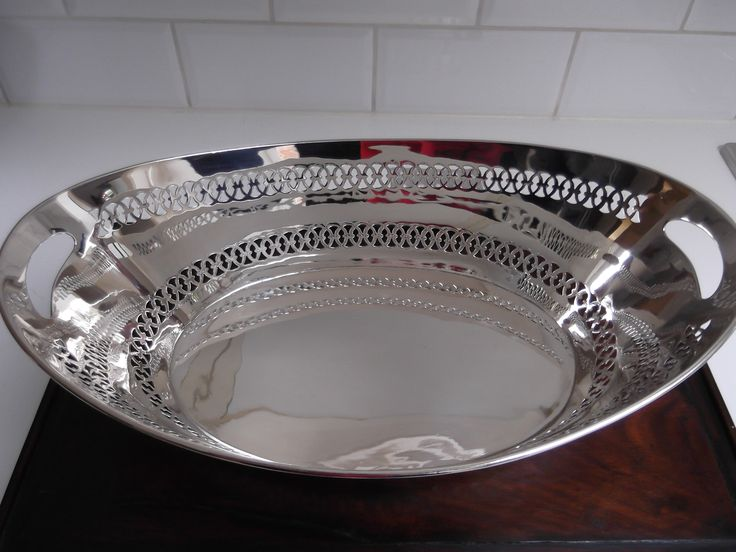 Art Deco first grade silver (925) bread basket