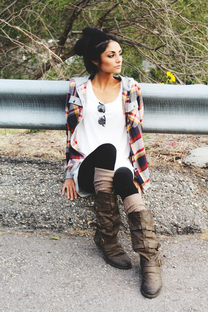 interesting picture but I love that flanel!- different shoes ya