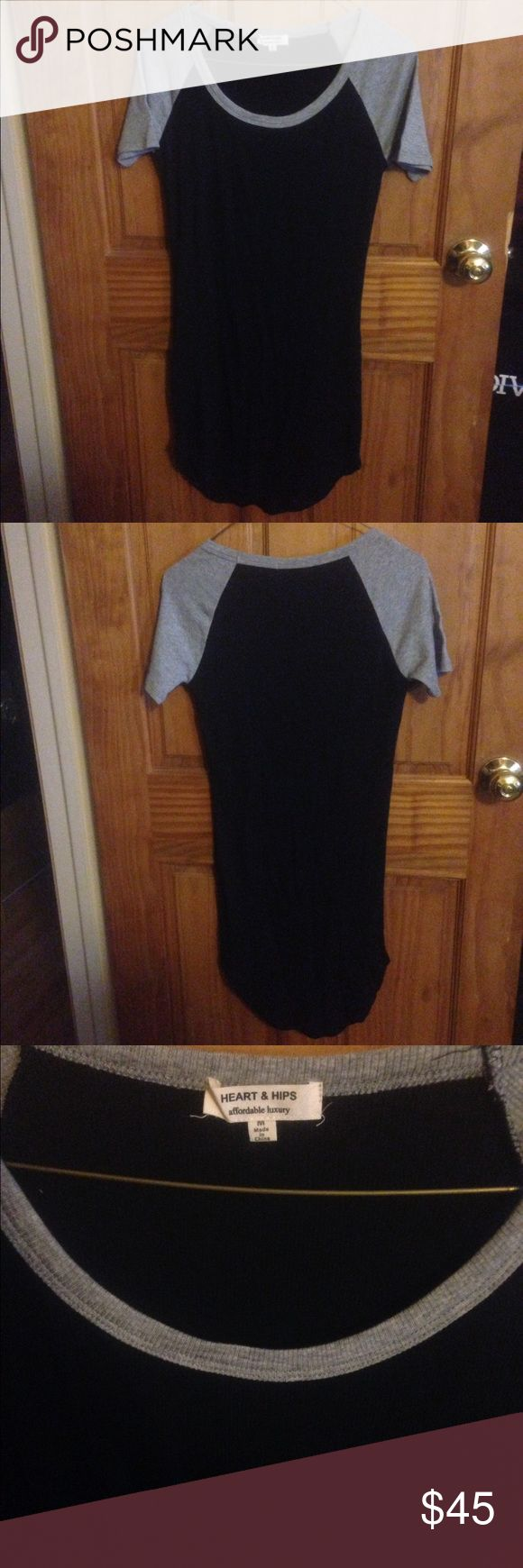 New listing! NWOT black and grey bodycon dress New listing! NWOT black and grey bodycon dress size Medium Boutique Dresses Mini