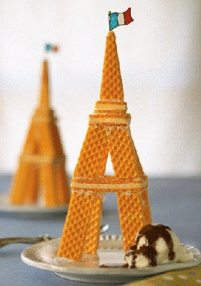 Eiffel Tower Cookie Sundae - This was too cute not to post :). | www.oldtimepottery.com