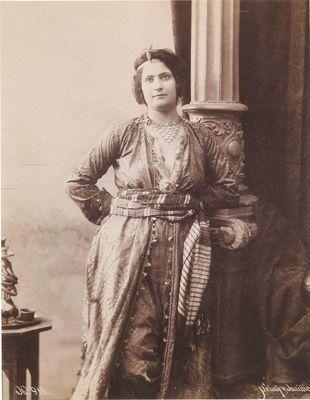Osmanlılar, Osmanlı İmparatorluğu (Ottoman Turks) - İstanbullu Rum kadın - Karalahana Photo Gallery