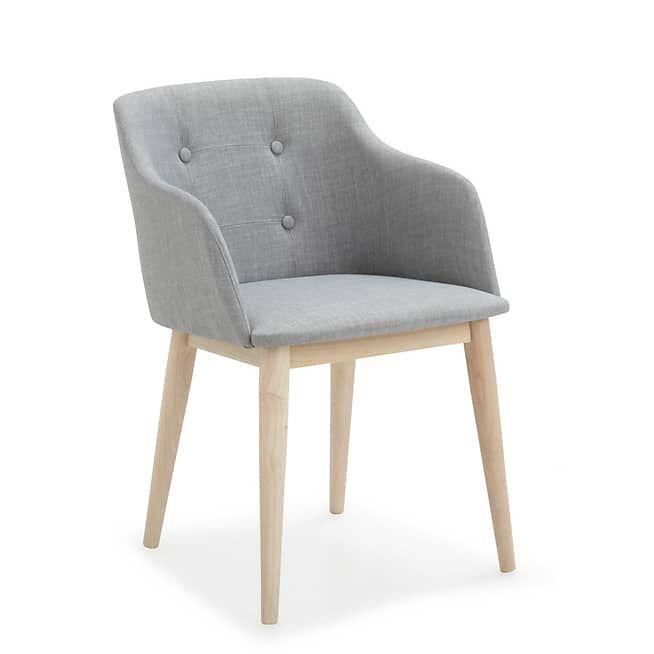 les 25 meilleures id es de la cat gorie chaise capitonn e. Black Bedroom Furniture Sets. Home Design Ideas
