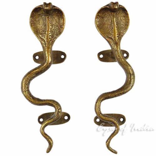 9-034-PAIR-BRASS-SNAKE-COBRA-CABINET-PULLS-DOOR-HANDLES-Antique-Bronze-Indian-Decor