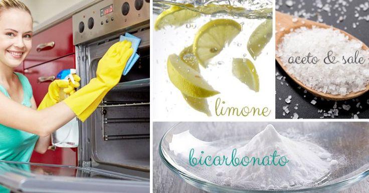 Pulendo il frigorifero mi sono ritrovata con 4 limoni veramente troppo vecchi per essere utilizzati…. Mi sono quindi ricordata della ricetta che avevo già postato per preparare le pastiglie …
