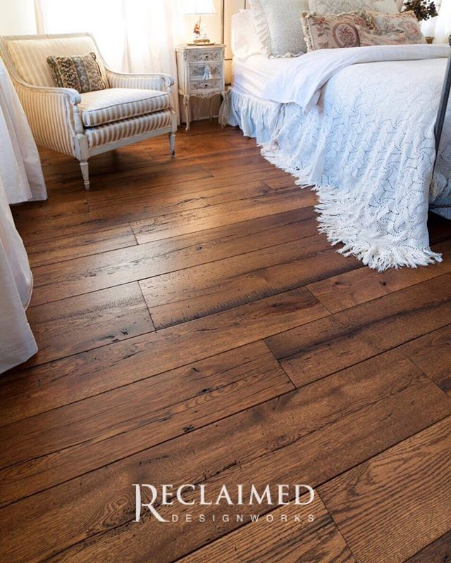 Our Farmhouse Floors In Antique Resawn Oak Are The Perfect Focal Point For Your Inspired Home Www Reclaimedde Reclaimed Hardwood Flooring