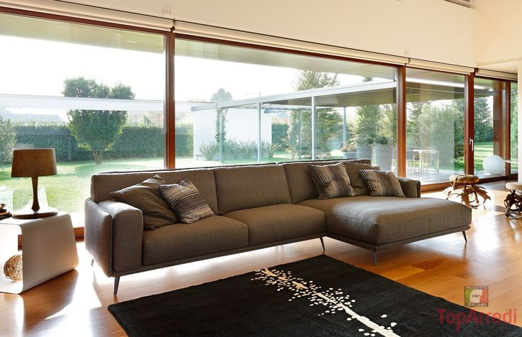 http://www.arredomobilionline.it/divano-design-frame-penisola.html