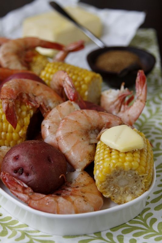 Low Country Seafood Bake indoors! 1 Reynolds large size oven bag 1 ...