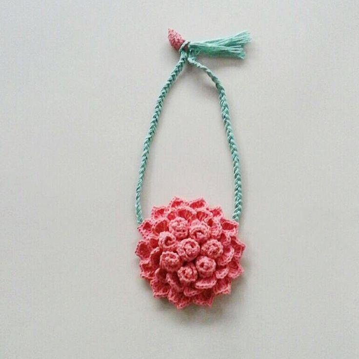 Floral crochet necklace   #merendacrochet #floral #crochet #necklace