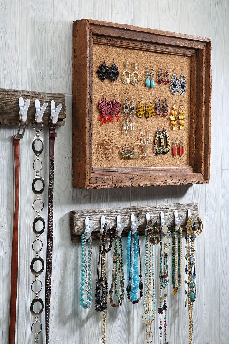 Utiliza los corchos para organizar y colgar tus accesorios para que no se maltraten.
