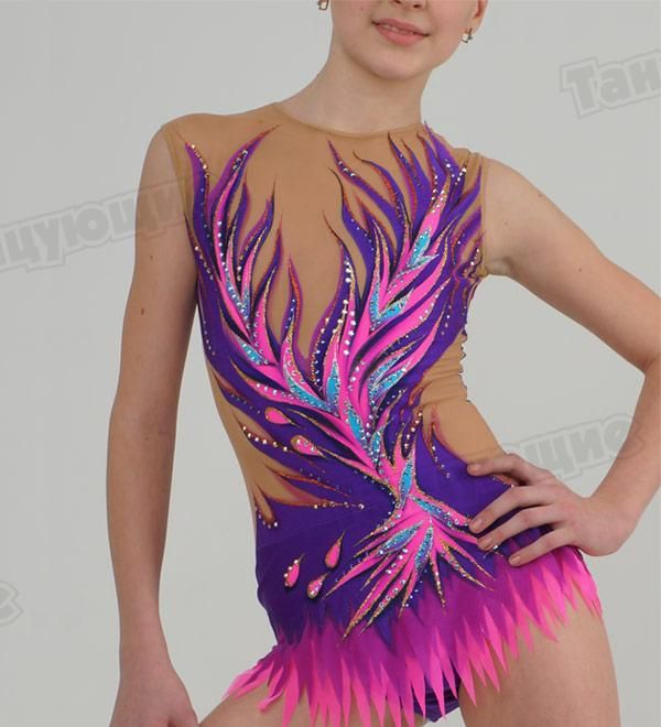 In our beautiful competition rhythmic gymnastics leotard The Order of the Phoenix for girls you will feel confident and stay focused only on your performance!