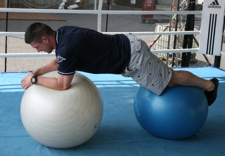 #MartinŠtajnoch working out during Golem Fun Day 2013 in Eurovea