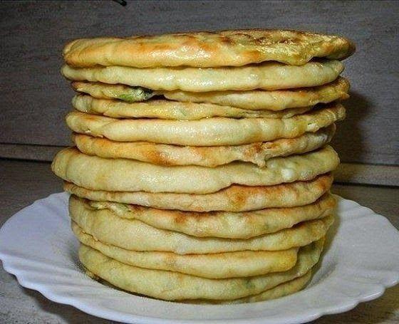 Самые вкусные рецепты: Хачапури с сыром и вареным яйцом