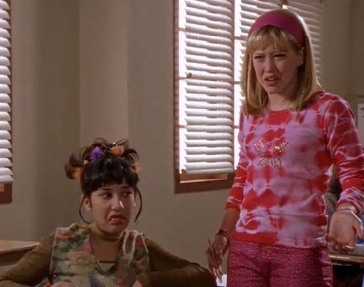 How To Dress Like Lizzie McGuire & Miranda With Your BFF This Halloween
