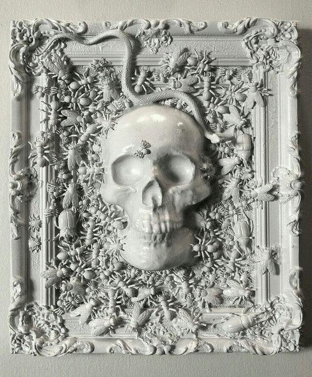 d55e7ba31c09 Framed Skull and critters monochrome