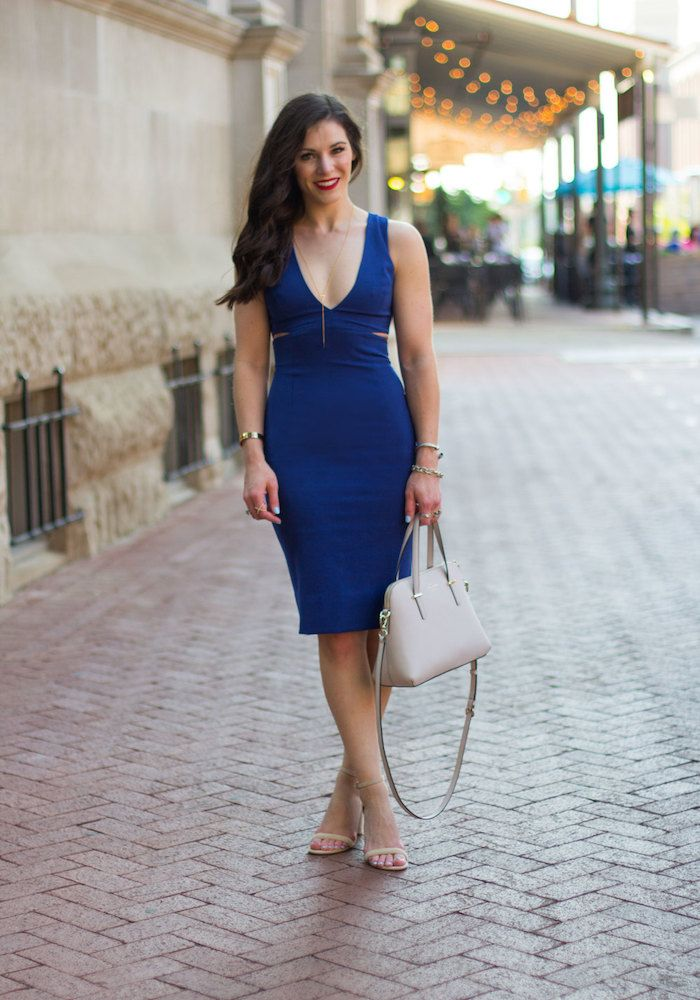 Kurzes welche schuhe kleid blaues Blaues Kleid