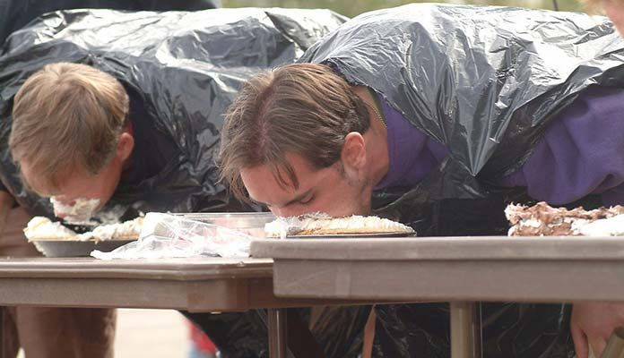 From eating 62 hot dogs in 10' to 120 ounces of mayonnaise in 8 minutes, this is a list of ten competitive eating records that cannot easily be broken.
