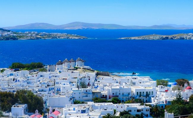 Greece Hotel Rates on the Rise in August.