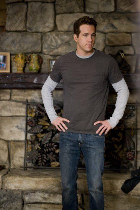 love the layered shirts (Ryan Reynolds)