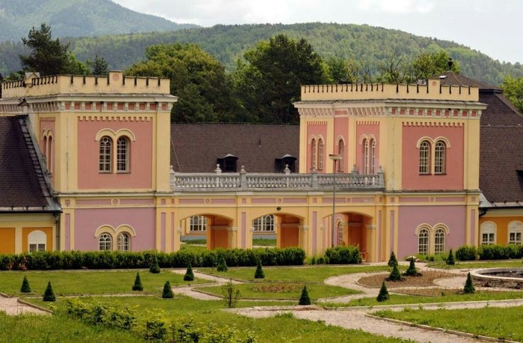 Castle Hodkovce,Slovakia