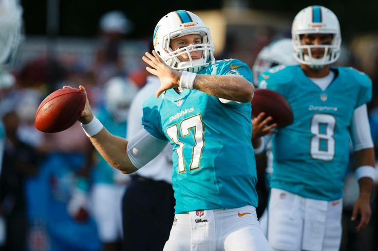 At the end of the 1st QTR, the Cowboys lead 7-0.  To listen to LIVE coverage of tonight's game in the Dolphins Game Center, click here: http://www.miamidolphins.com/team/schedule/game/2013/preseason0/