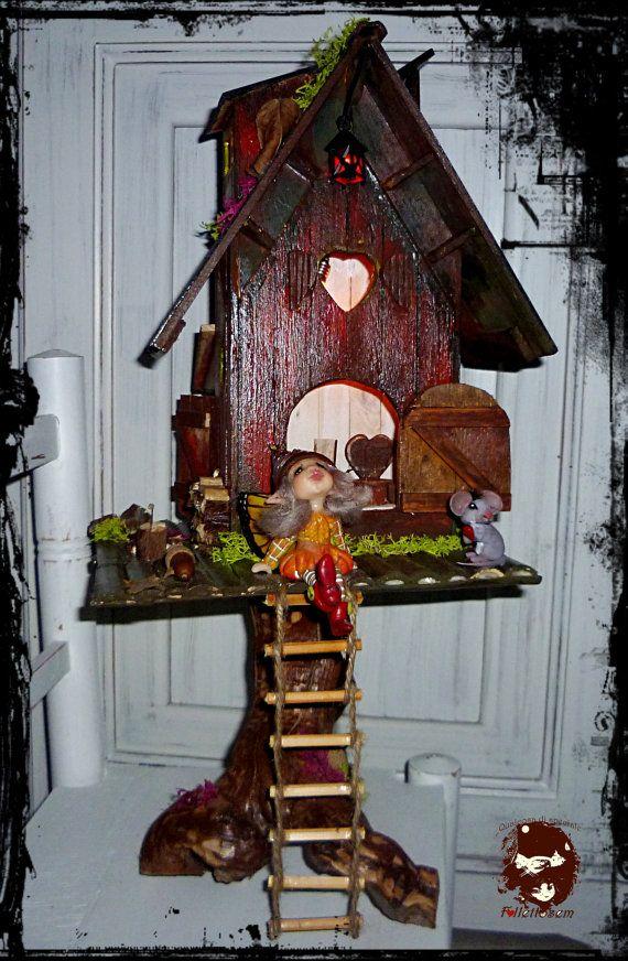 house fairy light in tree €250