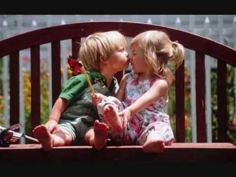 Και συνεχίζω να σ' αγαπώ - Στέλιος Ρόκκος (στίχοι) - YouTube