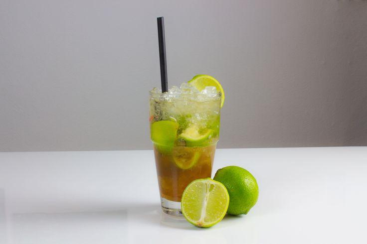 Virgin Caipirinha        Zutaten     Ginger Ale     1 Limette     ca. 4 TL brauner Rohrzucker     Eiswürfel oder crushed Ice       Alkoholgehalt Alkoholfrei     Preis pro Glas     0,75 €         Die Limette vor