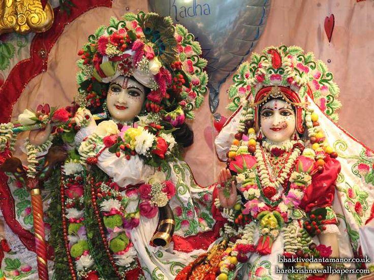 http://harekrishnawallpapers.com/sri-sri-radha-gokulanand-close-up-iskcon-bhaktivedanta-manor-wallpaper-021/