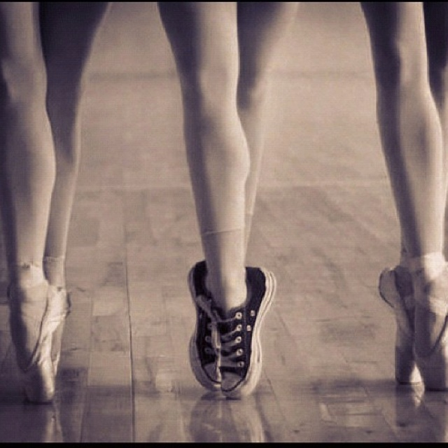 Facebook svart dansa