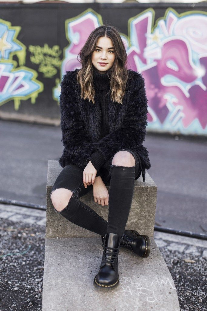 25 best ideas about dr martens outfit on pinterest dr martens style doc martens style and. Black Bedroom Furniture Sets. Home Design Ideas